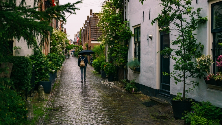 Most beautiful streets of Alkmaar to visit _ What to do in Alkmaar The Netherlands _ Cities to visit in The Netherlands